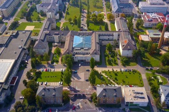 Jsou známy výsledky Nejlepší nemocnice ČR 2019: ÚVN dvakrát stříbrná, jednou bronzová